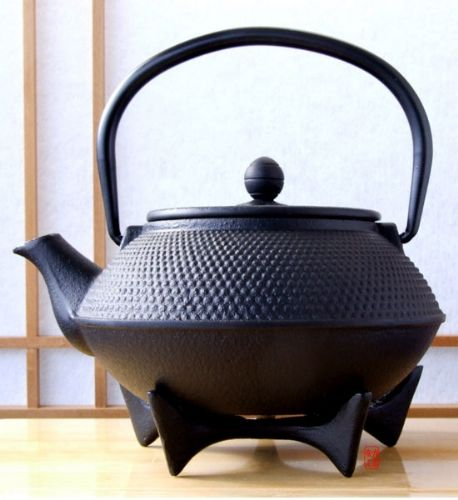 Star Trivet 125 & Tetsubin Japanese style Cast Iron black hobnail tea pot kettle 0.8 litre